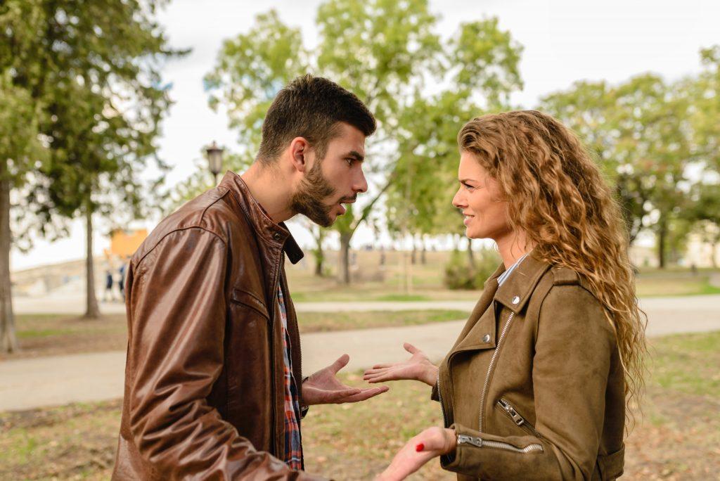 Çekişmeli Boşanma Davası Açan Eşler